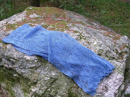 Halsduk med estniska spetsmönster